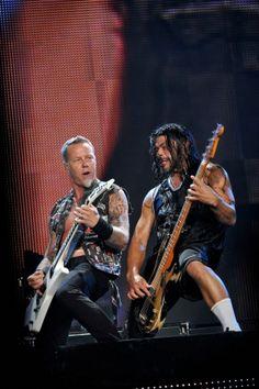 Metallica - James and Robert Jason Newsted, Robert Trujillo, Cliff Burton, James Hetfield, Great Bands, Cool Bands, Rock Music, My Music, Metallica Live