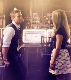 I want him to be with Felicity sooo bad! They are perfect for each other!