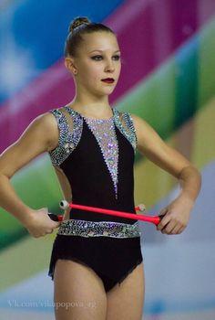 Fotos de Yulia Daudova Gymnastics Costumes, Rhythmic Gymnastics Leotards, Dance Costumes, Synchronized Swimming, Ice Skating Dresses, Just Dance, Sport Wear, Dance Outfits, Cheerleading