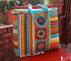 Wedding Cake Pearls, Granny Square Bag, Crochet Granny, Crochet Patterns, Quilts, Blanket, Purses, Bags, Crocheted Toys