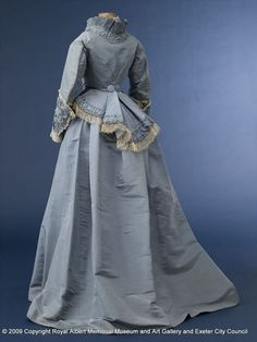 wedding dress skirt - This blue dress was worn as a wedding dress. The skirt and bodice are separate. It has white lace trimming around the edge of the bodice and the cuffs. It is interesting to compare the design of this dress to number 247/1977/1 as they are from the same period and have some similarities. - Royal Albert Memorial Museum & Art Gallery, Exeter
