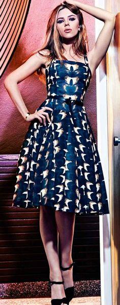 Scarlett Johansson con un vestido de Mango otoño invierno 2011