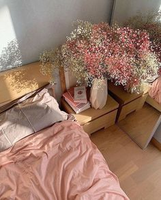 Bedroom Inspo, Bedroom Decor, Bedroom Inspiration Cozy, Bedroom Office, Baby Bedroom, Office Decor, Style Inspiration, Home Interior, Interior Design