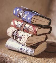 ana-rosa:    http://thepapermulberry.blogspot.com.br  via (piccolapaperella)