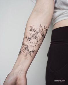 Pretty Tattoos, Sexy Tattoos, Beautiful Tattoos, Body Art Tattoos, Small Tattoos, Sleeve Tattoos, Cool Tattoos, Tatoos, Forearm Flower Tattoo