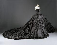 John Galliano for Christian Dior Spring Summer 1998 Haute Couture Maria-Luisa (dite Coré). The Metropolitan Museum of Art.