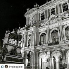 """Tenera è la notte"" #Torino raccontata da imgioggiolo per #inTO  #tagsforlikes #igers #ig_mood #igdaily #ig_turin #igaddict #igersoftheday #igersitalia #ig_captures #igworldclub #ig_europe #citybestpics #bnw_turin #bnw_europe #autumn"