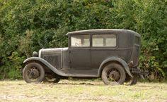 1931 Ford Model A Tudor Sedan 2