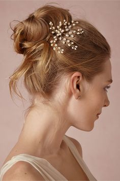 Tocado novia con pequeñas perlas. Precioso!