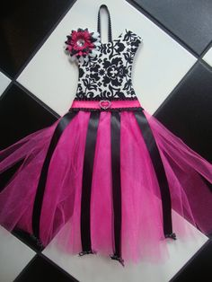 Boutique Tutu Hair Bow Holder Hot Pink by somethinchicboutique, $25.00
