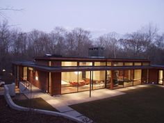 Amagansett House by Kevin O'Sullivan + Associates Contemporary Houses, Modern Houses, Modern Residential Architecture, Architecture Design, Dream Homes, My Dream Home, Building Ideas, Building A House, Cottage In The Woods