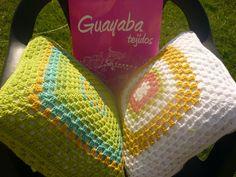 Almohadones guayaba