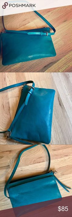 FOSSIL Turquoise Leather Purse Satchel Great condition! No rips, stains or tears. Fossil Bags Satchels