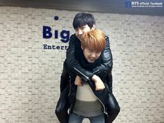 Suga and Hobi #HappyHopeDay ♡