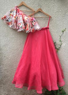 Peach Foil Print One Shoulder Blouse In Organza Teamed With Coral Skirt (With Cancan)-Shrena Hirawat-Fabilicious Fashion Indian Designer Outfits, Indian Outfits, Designer Dresses, Choli Designs, Lehenga Designs, Blouse Designs, Dress Indian Style, Indian Wear, Indian Lehenga