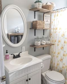 Finding storage broadcast in a little bathroom doesn't have to be a chore. These handsome and useful shelf ideas are perfect for any size space. decoration Bathroom Floating Shelves Design to Save Room Add A Bathroom, Bathroom Shelves For Towels, Bathroom Cabinets, Modern Bathroom, Glass Bathroom, Seashell Bathroom, Peach Bathroom, Small Space Bathroom, Small Bathroom Storage