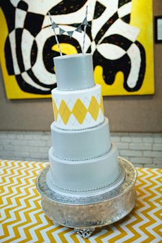 Wedding Cakes: Unique Modern Cake // Photo by Stephen Devries on Southern Weddings