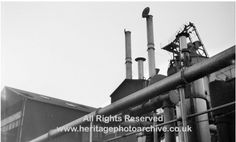 Radcliffe gas works, chimneys 1967