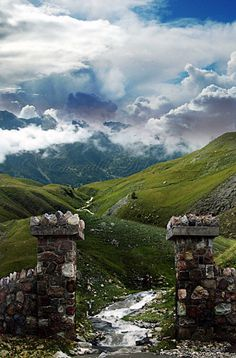 The Highlands gates, you are entering the Scottish Highlands