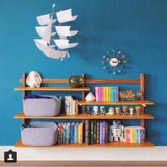 Shelf blue
