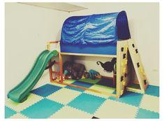 Ikea Toddler Bed, Toddler Bed With Slide, Bunk Bed With Slide, Bed Slide, Kura Bett Ikea Hack, Kura Cama Ikea, Ikea Bunk Bed Hack, Ikea Hacks, Ikea Hack Kids Bedroom