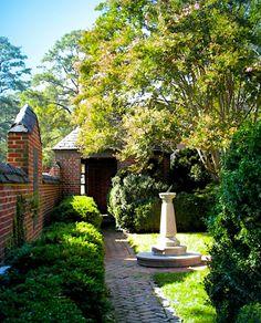 Walled Keller Garden, University of Richmond, Virginia