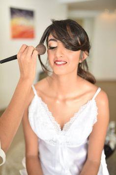 דניאל המהממת שנכנסה לי עמוק ללב איפור ושיער ותכשיט לשיער - יפית קוריש צילום - ברי חיון שמלה - כלה יפה #weddingbook #weddingday #bridehairstyle #bridemakeup #yafitkoresh #glamglow #redlips #urbanbrides