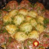 Fašírky, zemiaky a smotanová omáčka z jednej misy: Ideálny obed pre celú rodinu!