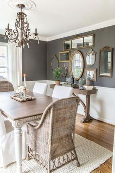 Beautiful And Affordable Dining Room Decoration Ideas - Esszimmer Ideen Dining Room Colors, Dining Room Walls, Dining Room Lighting, Dining Room Design, Dining Room Furniture, Living Room Decor, Gray Dining Rooms, Victorian Dining Rooms, Dinning Room Paint Ideas