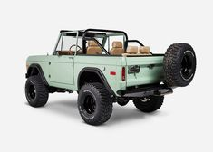 Vintage Trucks 1970 Ford Bronco 'The Salt Flats' Classic Bronco, Classic Ford Broncos, Ford Classic Cars, Classic Chevy Trucks, Best Classic Cars, Old Ford Bronco, Bronco Truck, Jeep Truck, Early Bronco