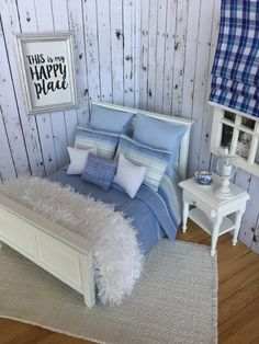 Rustic bedding sets, the best comforters and quilts of Doll Furniture, Dollhouse Furniture, Bedroom Furniture, Furniture Sets, Handmade Furniture, Furniture Design, Bedroom Sets, Home Bedroom, Bedding Sets