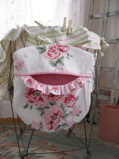 Laundry Day Clothes Pin Bag - Wood Hanger - Pink Roses - Repurposed Vintage Tablecloth