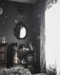 49 Witch Bedroom Decor Ideas To Express Your Creativity - Dlingoo