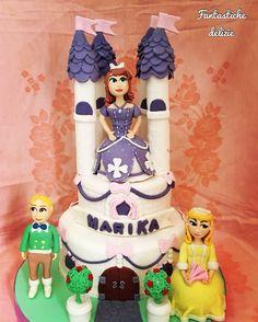 Castle princess Sofia cake