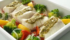 Oven-Baked Norwegian Cod with Pesto Pesto, Norwegian Food, Cod Fish, Cooking Recipes, Healthy Recipes, Looks Yummy, Fish Dishes, Eat Right, Oven Baked