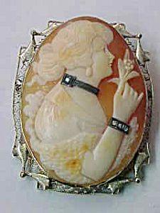 ANTIQUE DIAMOND FILIGREE CAMEO PIN