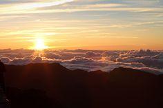 /by cookie_banana #flickr #hawaii #maui #Haleakala #sunrise