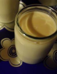 Yaourts à la Crème de Caramel au Beurre salé Easy Smoothie Recipes, Easy Smoothies, Good Healthy Recipes, Sweet Recipes, Snack Recipes, Coconut Recipes, Cream Recipes, Homemade Frappuccino, Coconut Milk Smoothie