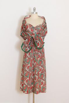 Vintage 40s Dress & Wrap | vintage 1940s two piece | red paisley sun dress small | 5766