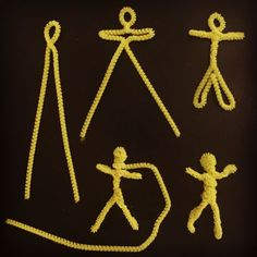 "Pipe Cleaner People. Two strands to make one very cute little 3"" tall figure. #pipecleaner #haring"