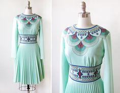 60s mod dress / vintage mint green art deco pleated dress / 1960s mod scooter dress medium