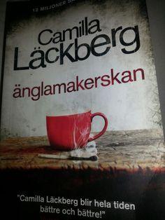 *** Ihan ok, tosin Erikan ja Annan kirja kirjalta lisääntyvä tapa sekaantua rikostutkintaan ja joutua vaaraan on ji vähän ärsyttävää ja paikka paikoin hyvinkin epäuskottavaa.