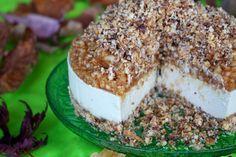 Raw Apple Crumble Cheesecake #healthy #dessert #recipe #raw #vegan #cheesecake #cake