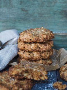 havre-og-sjokoladecookies_pb190824 Nom Nom, Sweet Treats, Food And Drink, Cookies, Chocolate, Cake, Desserts, Recipe, Board
