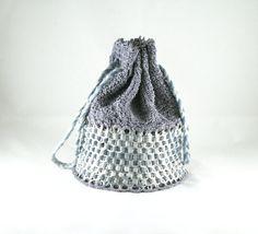 Bolso bombonera gris / bolsa de anillas de latas por musarecycleart