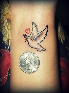 50 Cute and Lovely Dove Tattoos For Men And Women - Organspende Zitate Peace Dove Tattoos, White Dove Tattoos, Small Dove Tattoos, Dainty Tattoos, Pretty Tattoos, Cute Tattoos, Dove Tattoo Design, Ankle Tattoo Designs, Ankle Tattoos