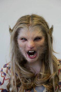 Chloe-Moretz-loup-Garou-makeup-Dark-Shadows-05b