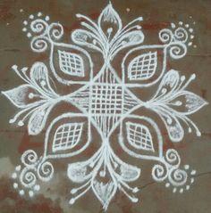 Easy Rangoli Designs Diwali, Rangoli Designs Latest, Simple Rangoli Designs Images, Rangoli Designs Flower, Free Hand Rangoli Design, Rangoli Border Designs, Small Rangoli Design, Rangoli Ideas, Rangoli Designs With Dots