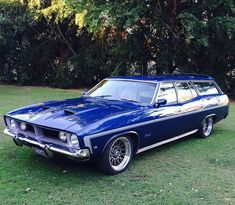 Reposted from ( - I didnt even know these Australian Falcons came in wagons Somebody please confirm! Australian Muscle Cars, Aussie Muscle Cars, American Muscle Cars, Ford Fairlane, Us Cars, Modified Cars, Ford Gt, Station Wagon, Custom Cars
