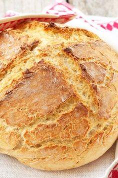 Amazingly Easy Irish Soda Bread Recipe: use WW flour and increase baking time to 65 min Baking Soda Bread Recipe, Bread Baking, Baking Recipes, Soda Recipe, Hungarian Recipes, Irish Recipes, Irish Soda Bread Recipes, Irish Bread, Bread And Pastries
